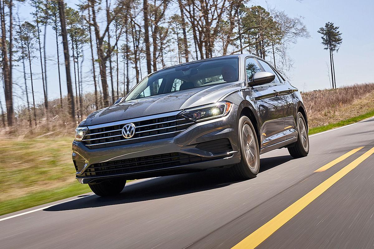 «Уравновешенная и энергичная»: тест-драйв новой Volkswagen Jetta 2