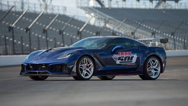 Представлен новый шикарный автомобиль Chevrolet Corvette ZR1 1
