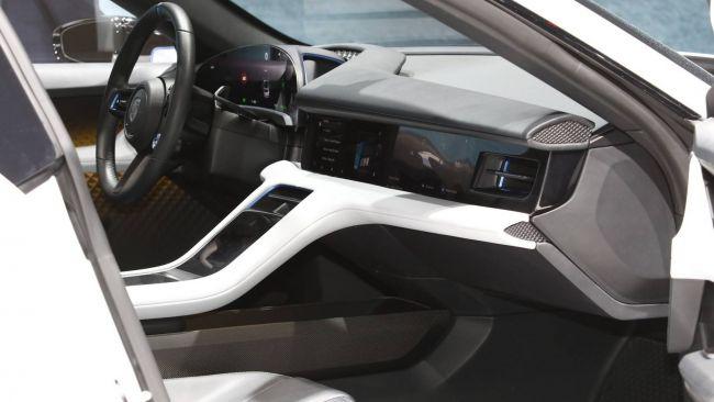 Porsche разрабатывает концепт Cross Turismo E 3