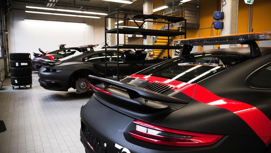 Porsche построит автомобиль безопасности для марафонских гонок 1