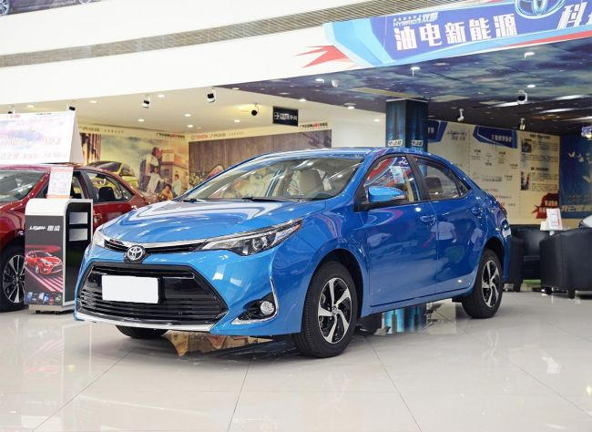 Седан Toyota Lavida получил топ-версию 1
