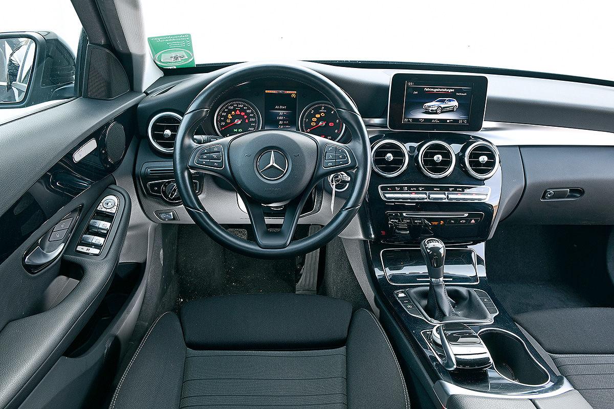 «Сомнительный престиж»: тест-драйв подержанного Mercedes-Benz C-Class 5