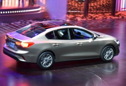 В Китае дебютировал Ford Focus нового поколения 2