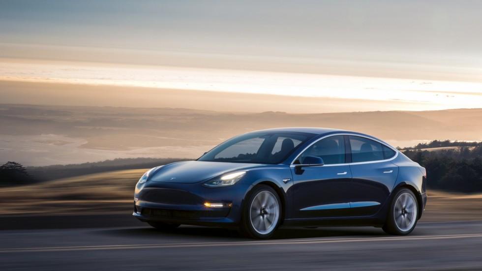 Когда появится полноприводная Tesla Model 3 1