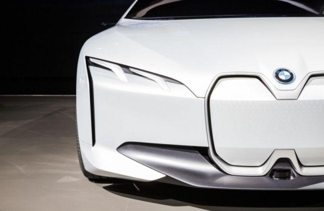 Компания BMW поделилась планами на будущее 1