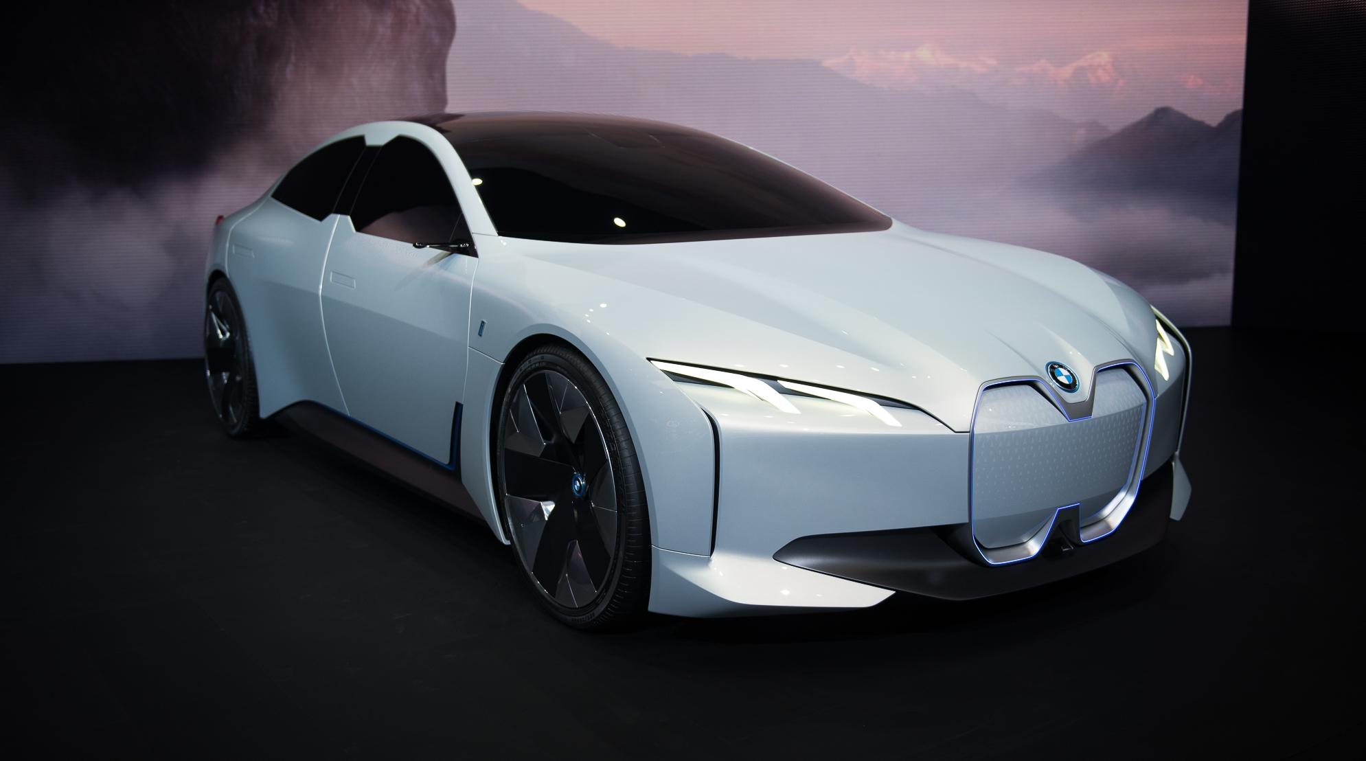BMW остановит выпуск экологичных автомобилей 2