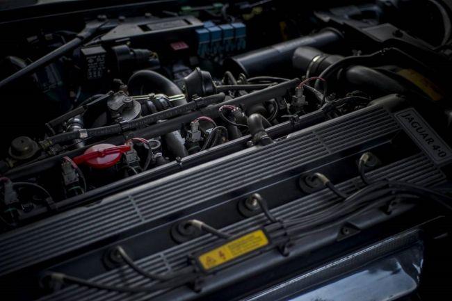 Хетчбэк Jaguar XJS ищет нового хозяина 3