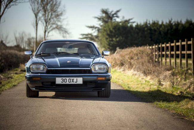 Хетчбэк Jaguar XJS ищет нового хозяина 1