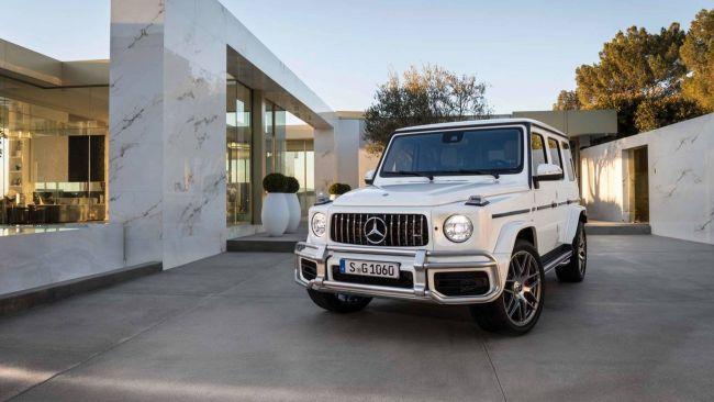 Mercedes Black Series «лишится» пары дверей 3