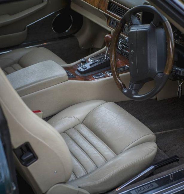 Хетчбэк Jaguar XJS ищет нового хозяина 4