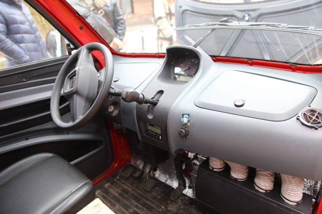 Самый дешевый в мире автомобиль поступил в продажу в Украине 3