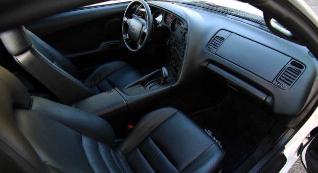 24-летнюю Toyota Supra продали за 24 000 долларов 3