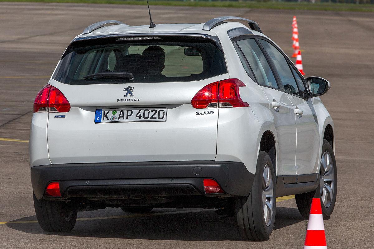 «Удивил так удивил»: тест-драйв подержанного Peugeot 2008 4
