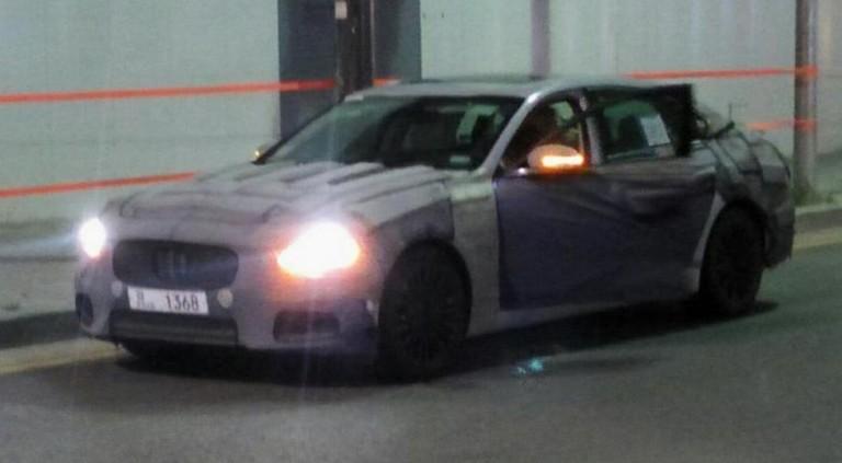 Kia вывела на тесты новую версию своего флагманского седана 1