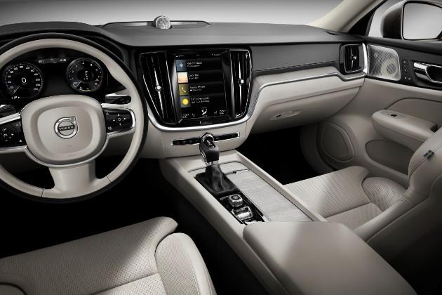 Volvo презентовал седан S60 нового поколения 3