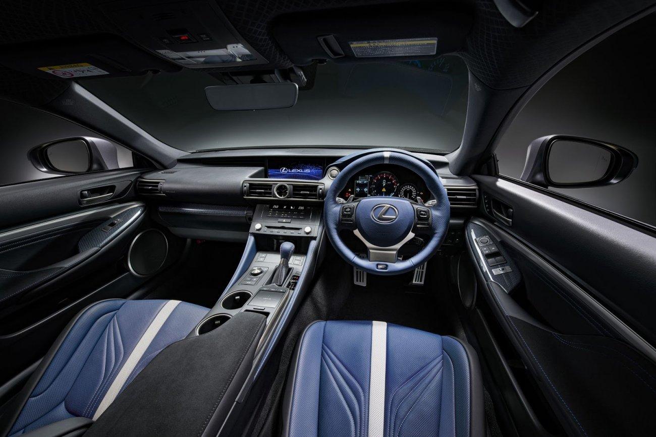 Lexus RC F получил «юбилейную» спецверсию 2