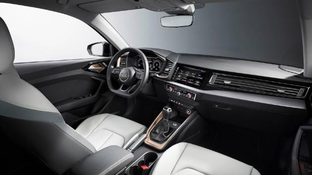 Audi презентовала компактный хетчбэк A1 6