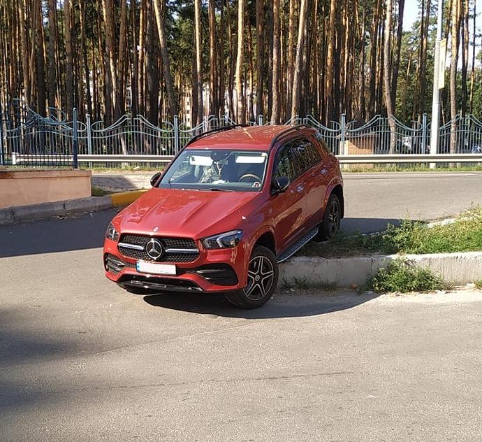 Заколдованное место: где в Украине происходят самые курьезные ДТП (фото) 4