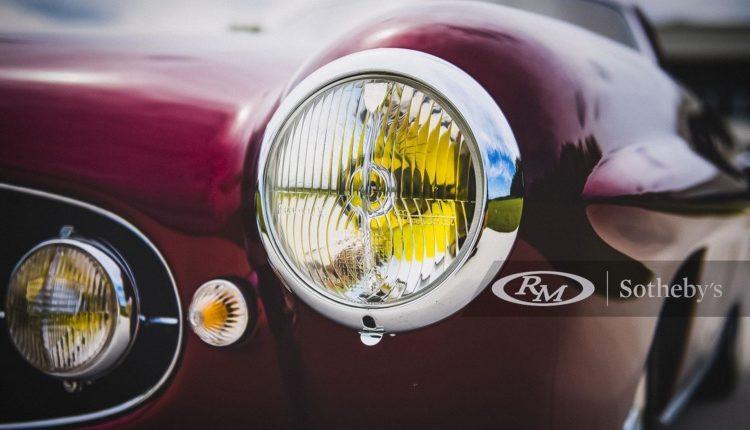 Дизайнерский Fiat продадут с аукциона за рекордные 1,75 миллиона долларов 3
