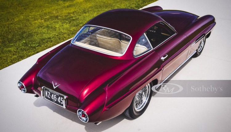 Дизайнерский Fiat продадут с аукциона за рекордные 1,75 миллиона долларов 1
