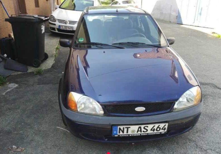 Б/у машины из Германии всего за 50 евро: что предлагают 4
