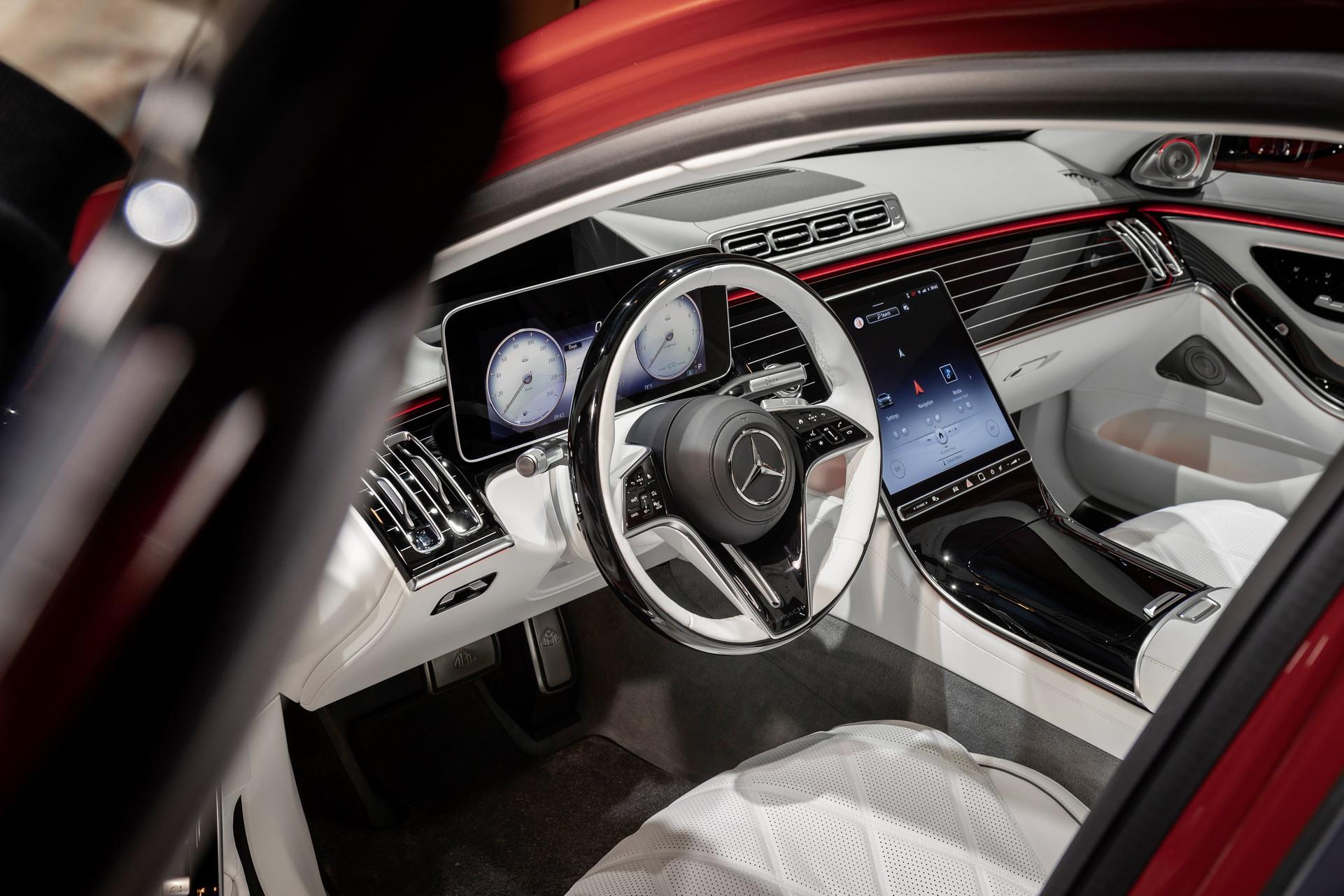 Эталон роскоши: Mercedes представил новый Maybach S-Class 3