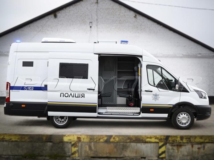 Украинский производитель создал партию спецавтомобилей для полицейских (фото) 3