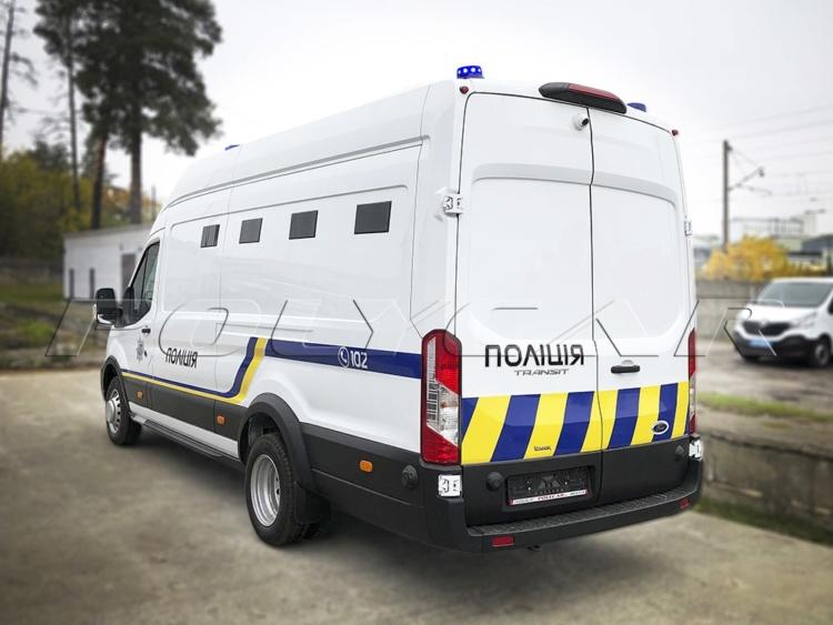 Украинский производитель создал партию спецавтомобилей для полицейских (фото) 4