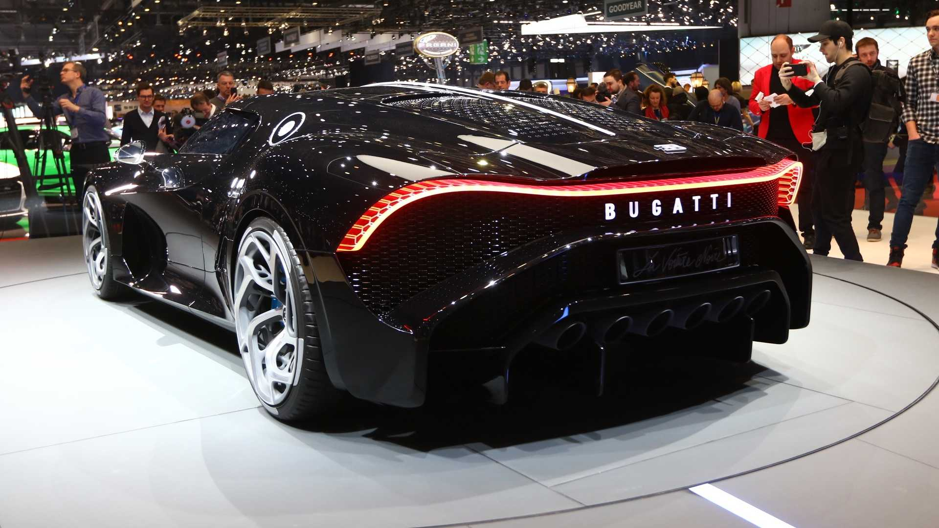 Bugatti представила самый дорогой в мире автомобиль 4