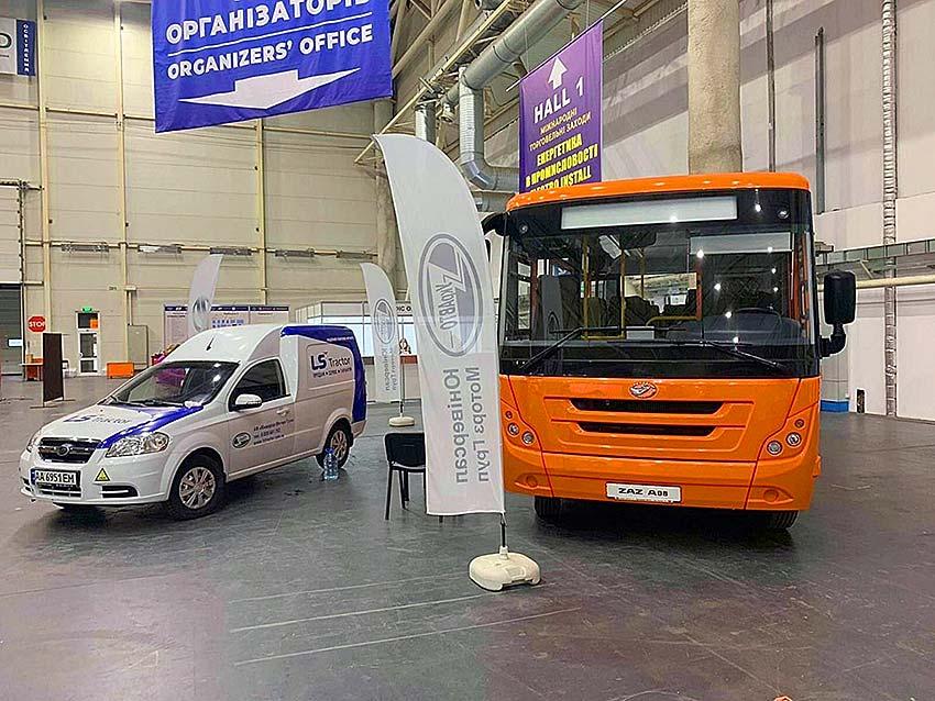 «ЗАЗ» представил новую линейку автобусов 4