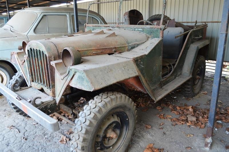 Украинец собрал уникальную коллекцию ретроавтомобилей 3