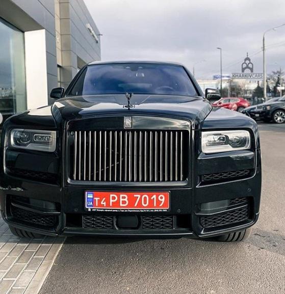 В Украине появился эксклюзивный лимитированный внедорожник Rolls-Royce стоимостью 15 миллионов 2