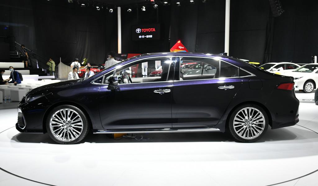 Бюджетная Toyota Camry: новый японский седан выходит на мировой рынок 2