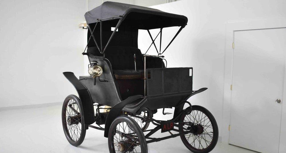 Электрокар 1898 года пустят с молотка 1