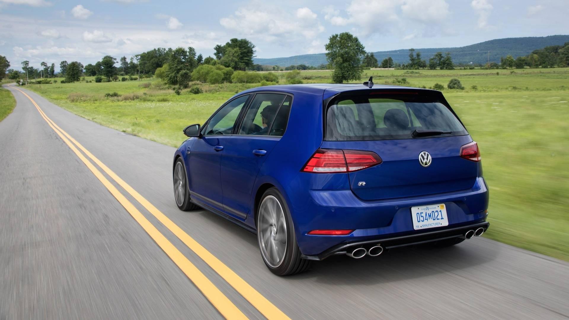 Лютый Volkswagen Golf R ушел в историю 2