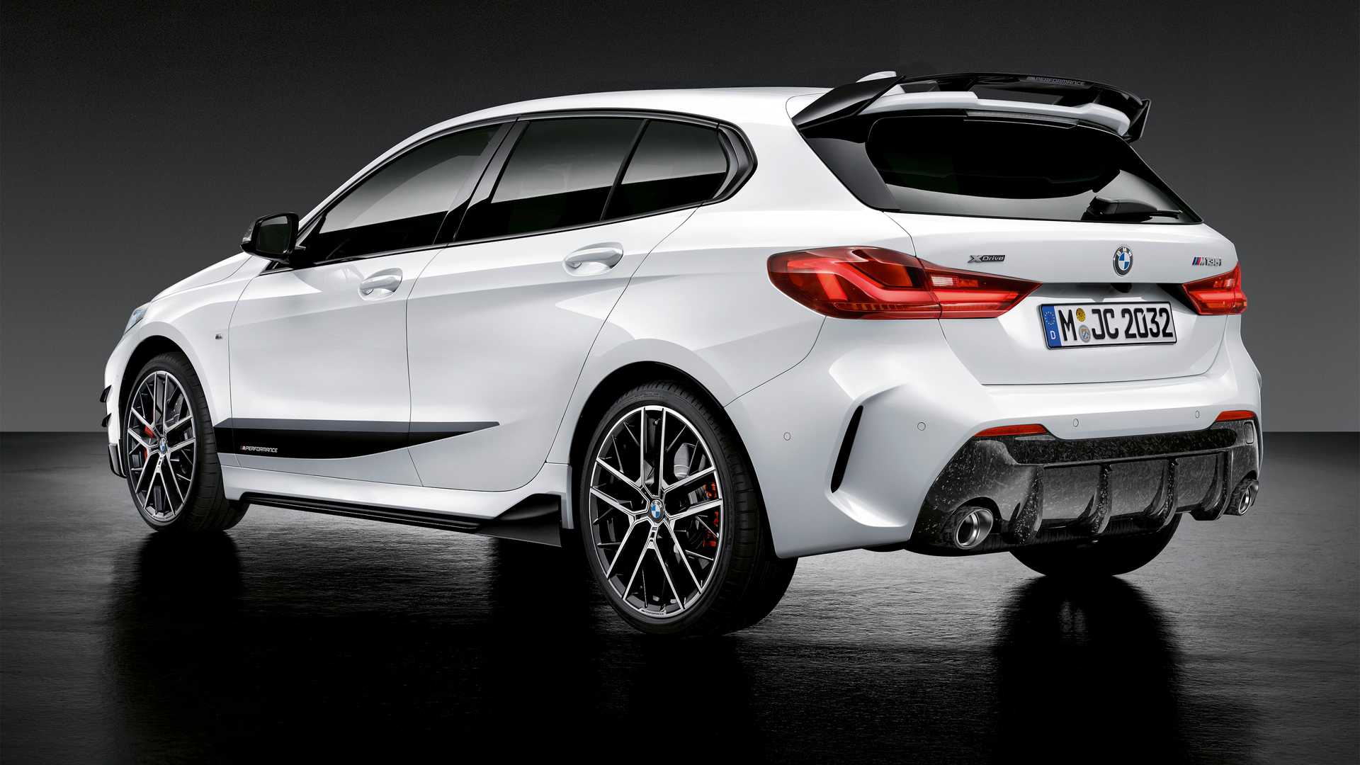 BMW может выпустить самую мощную «единичку» 2