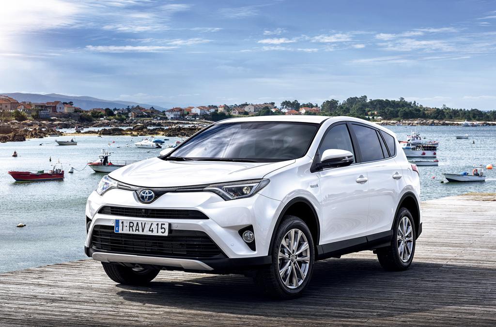 Toyota RAV4 скоро сменит свой дизайн 1