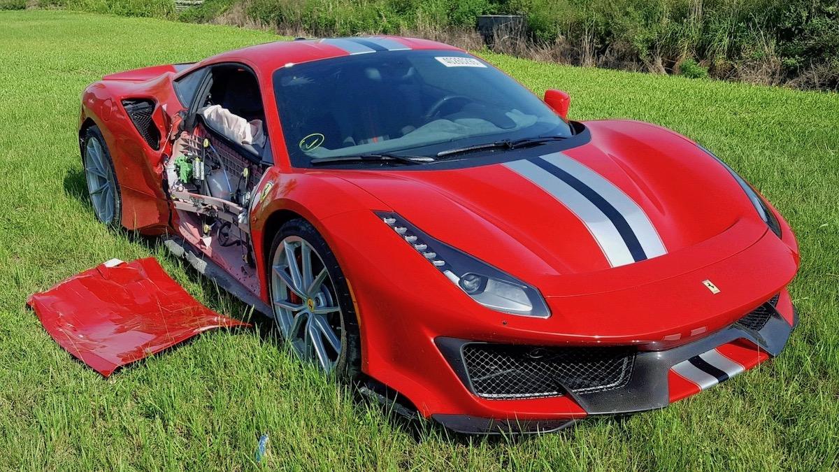 Разбитый Ferrari 488 Pista оценили в 417 тысяч долларов 1