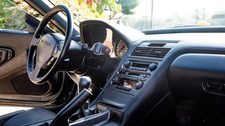 Acura NSX 1991 года практически без пробега уйдет «с молотка» 2
