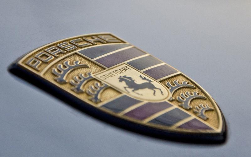 Китайский Porsche: овца вместо лошади на логотипе 1