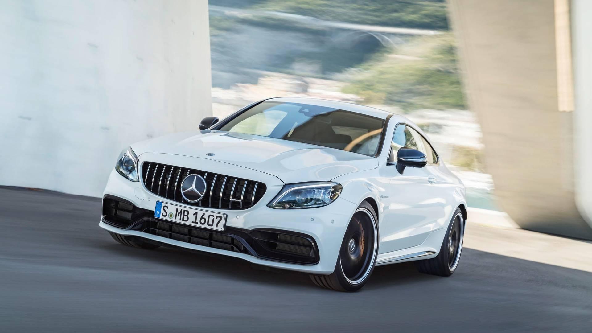 Mercedes-AMG C63 получит полный привод 1