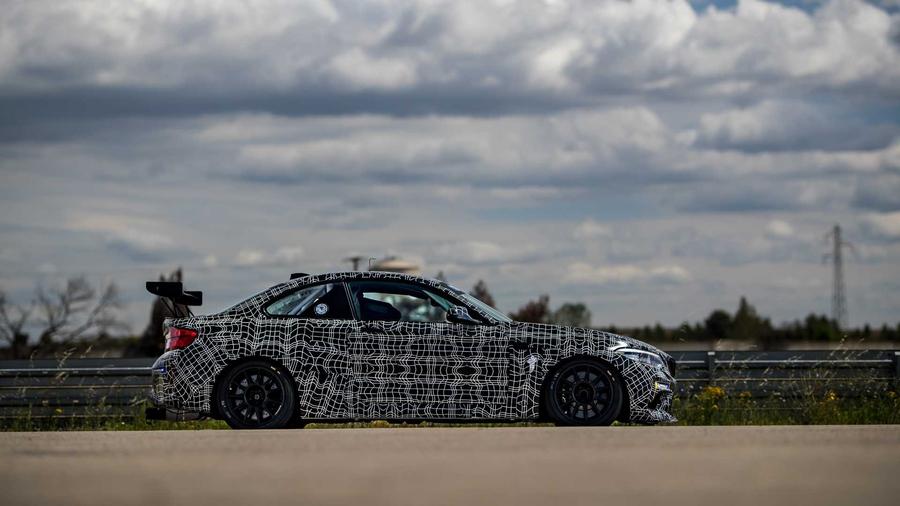 У BMW M2 появилась новая гоночная версия 1