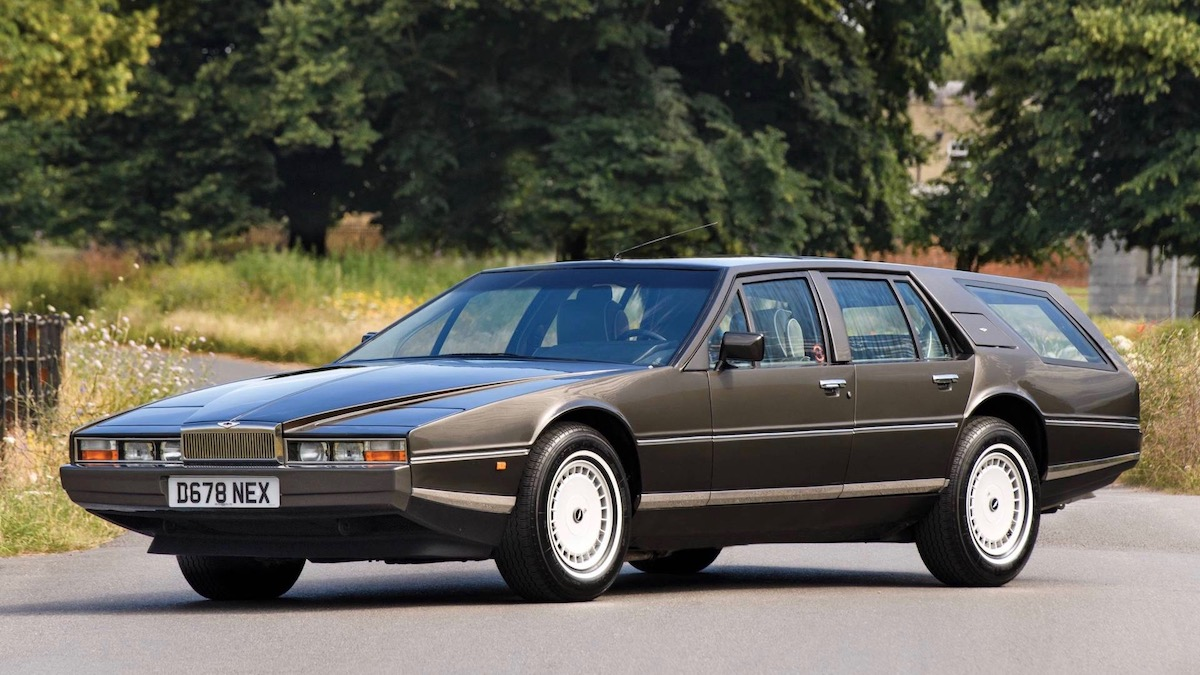 Редкий универсал Aston Martin Lagonda продадут на аукционе 1