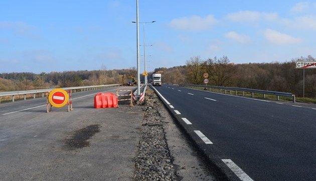 Обещал и не выполнил: Гройсман не успел отремонтировать важные дороги 2