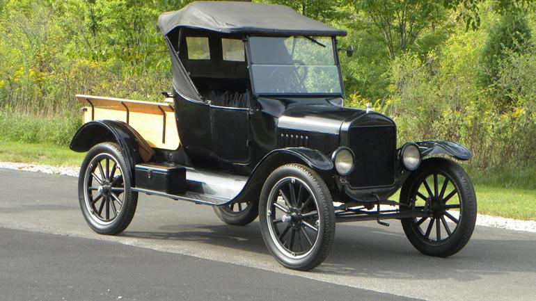Канадец 70 лет передвигался на первом Ford Model T 1