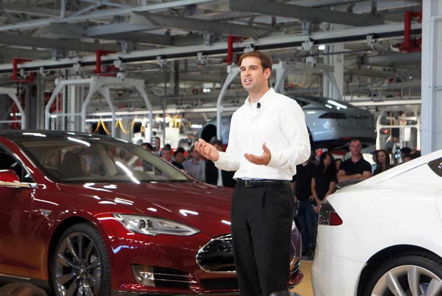 Tesla потеряла ключевого сотрудника 1