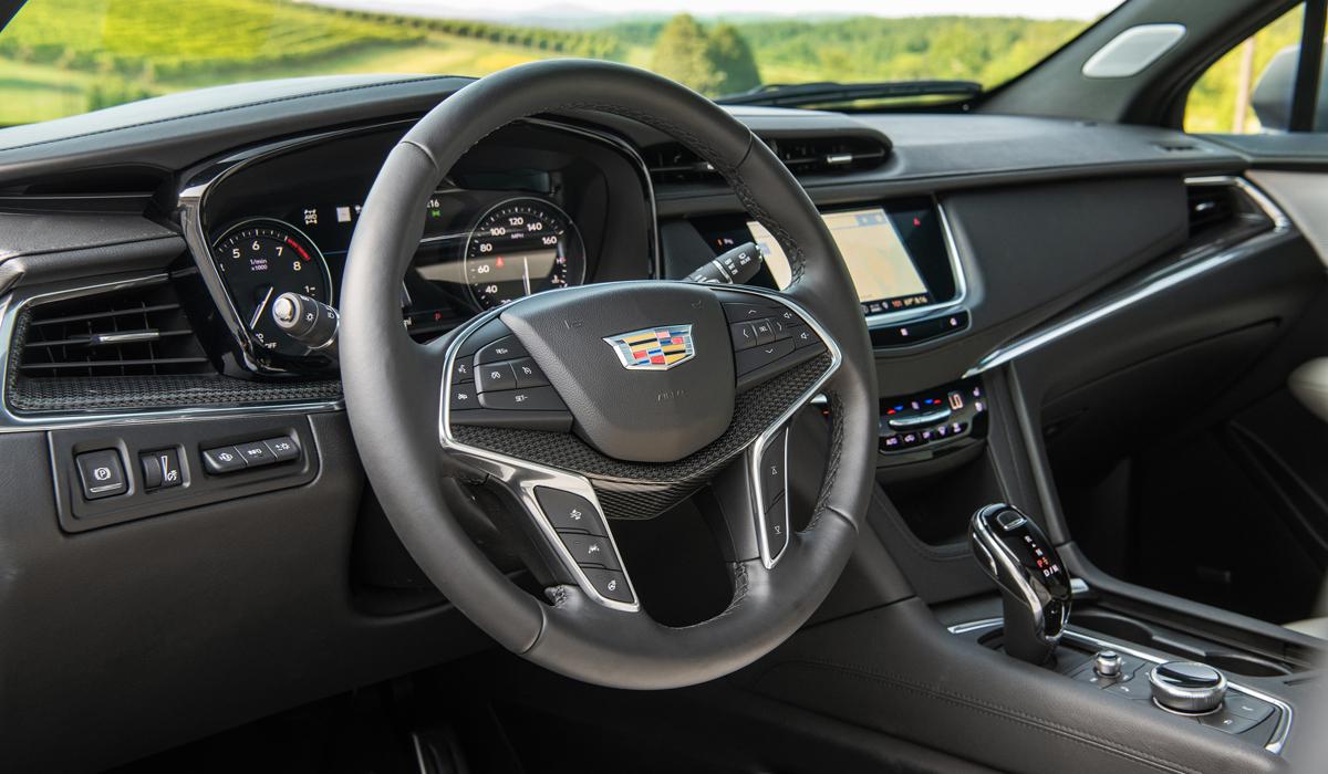 Американский Cadillac XT5 обновлен по образцу китайского 3