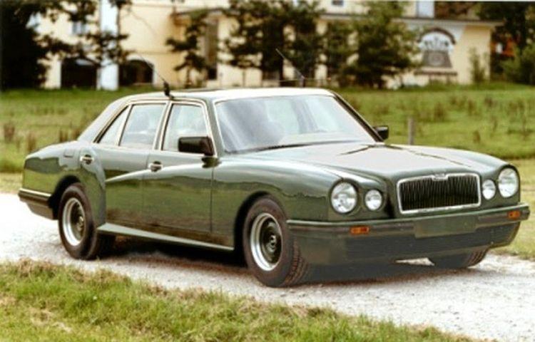 Японцы превратили старый Mercedes S-Class в Bentley 1