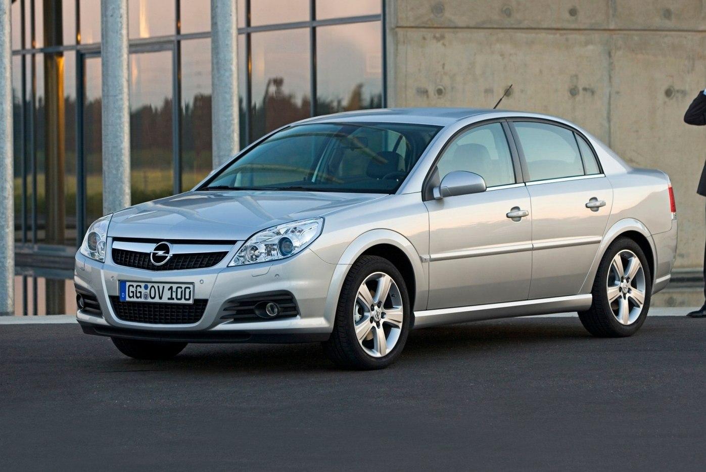 Автоэксперты назвали тройку немецких авто, которых лучше избегать на «вторичке» 3