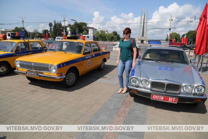 В МВД Беларуси похвастались роскошным авто 1